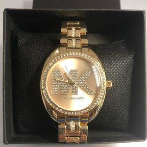 🌟Michael Kors watch